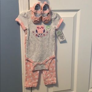 3-6 month NWT girl 3 piece outfit